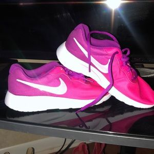 Nike Pink:Purple Size 6.5 Grade-school/Youth